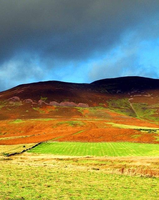 2006 11 08  Pentland Hill colour.jpg