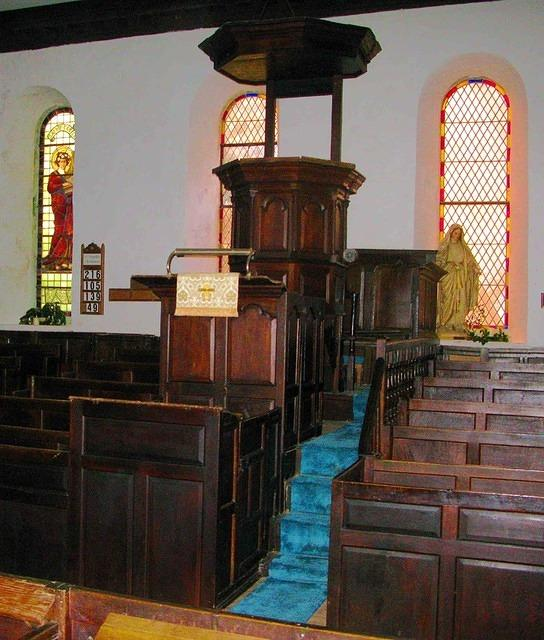 2011 01 01  Ravenstonedale Church  pulpit