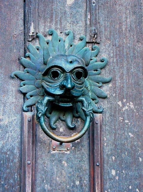2012 01 02 Durham Cathedral Sanctuary knocker