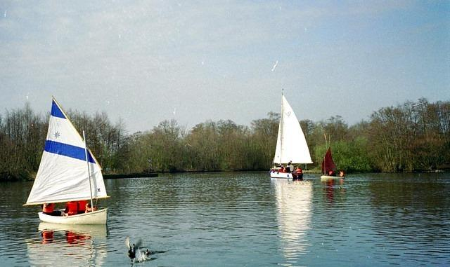 1999 Dinghies at Salhouse.jpg