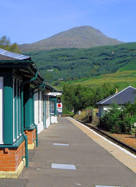07 08 22  Crianlarich [low pass] Station   Beinn Challuim [3363'  Calum's hill].jpg