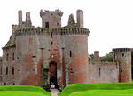 2011 08 17 Dumfries Caerlaverock castle keep