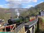 2013 04 20 Llangollen Railway Foxcote Manor at Chain bridge