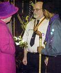 2003/10 6  SPL (with ferret stick) presents the GSL to the Queen